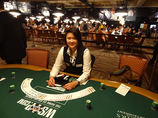 Tipping Dealers Poker